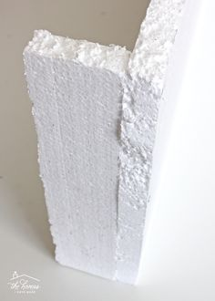How to Make a Window Valance with Foam Insulation Valance, cornice box, pelmet box.learn how to make one using inexpensive foam insulation from the hardware store! Custom Drapes, Diy Window Treatments, Diy Window, Curtain Decor, Diy Curtains, Window Valance Box, Window Cornice Diy, Foam Insulation, Window Valance Diy