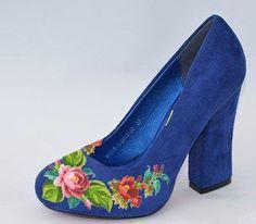Women's shoes with embroidery Elegance Ukrainian от VLASIYA