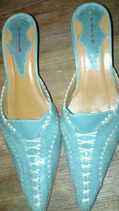 Pazzo Italian leather  mules Turquoise leather with white stitching size 8.5 M #Pazzo #Mules
