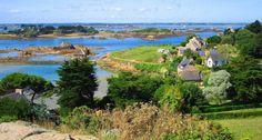 Ile de Brehat, Bretagne véritable petit paradis, surnomée l'ile aux Fleurs, formant un magnifique archipel. On ne trouve aucune voiture sur l'ile (ile cousine et plus paysanne, Ile de Batz)