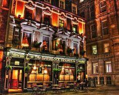Sherlock Holmes' London. (The Sherlock Holmes books by Sir Arthur Conan Doyle.)