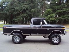 1976 ford, it might be a ford and wont get you no where but it sure is nice to look at