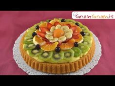 "It is probably my favourite ""cake"" of all the cake that exists because it doesn't as surgery as normal cake but it is still super delicious Cheesecake Desserts, Just Desserts, Ricotta, Fresco, Fruit Pie, Fruit Arrangements, Crazy Cakes, Pie Recipes, Mozzarella"