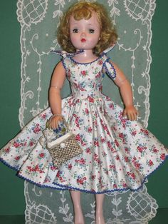 "~ Pretty Madame Alexander ""Cissy"" Doll ~"