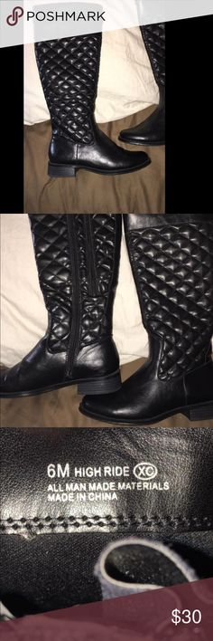 Woman's black knit boots new Size 6 very nice and new , they have a zipper to make the calf bigger if needed as well (: will do tra.des (: Shoes Heeled Boots