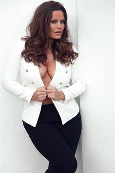 Tia Provost, plus model
