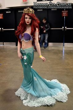 Ariel cosplay - love how the skirt edge looks like a frothy ocean wave