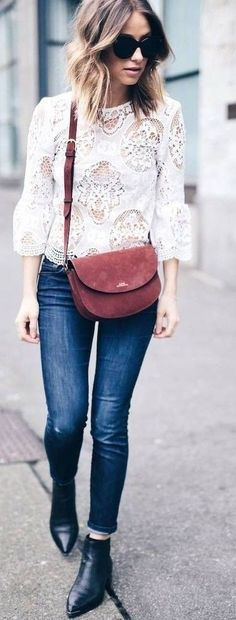 summer outfits White Lace Top + Navy Skinny Jeans