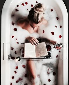 ❤️❤️❤️ I want this!! #luxuryboudoir