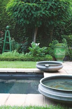 Compact JHB garden | House and Leisure. Stephen Falcke,s garden home without bedrooms. He is a genius.