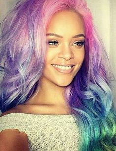 Rihanna giving skme major hair color inspiration with multi coloured hair including pink, blue, purple, grey, turquoise and more. Mode Rihanna, Rihanna Riri, Rihanna Style, Rihanna Hairstyles, Girl Hairstyles, Jenifer Lawrence, Bad Gal, My Hairstyle, Celebs