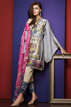 Eid Designer Dresses 2017 by Pakistani Fashion Designers and Brands - All Fashion Hug Pakistani Fashion Casual, Pakistani Dresses Casual, Pakistani Dress Design, Ethnic Fashion, Indian Fashion, Bohemian Fashion, Boho, Trendy Dresses, Simple Dresses
