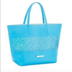 Vince Camuto Blue Tote Gorgeous blue color, brand new. Perfect for long weekend or beach day. Vince Camuto Bags
