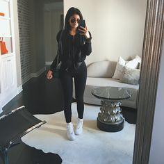 Glam Black : Photo