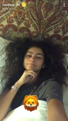Me getting up at six am that's how my hair looks ❤️❤️ Zendaya Hair, Zendaya Style, Zendaya Snapchat, Tom Holland, Zendaya Maree Stoermer Coleman, Disney Channel, Bae, The Greatest Showman, Celebs