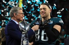 On day two of the Philadelphia Eagles offseason strength and conditioning program, Zach Ertz sat down with the media, and you'll want to know what he said. Philadelphia Eagles Pictures, Philadelphia Eagles Football, Pittsburgh Steelers, Dallas Cowboys, Eagles Football Team, Eagles Nfl, Supernanny, Fly Eagles Fly, Nfl Sports