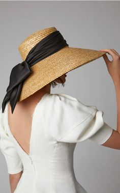 Mirabel Straw Hat by Eugenia Kim Sun Hats For Women, Women Hats, Fascinator Hats, Fascinators, Headpieces, Cute Hats, Outfits With Hats, Eugenia Kim, Street Style Women