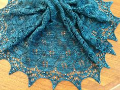 Ravelry: Sea Leaves pattern by Sue Schreuder