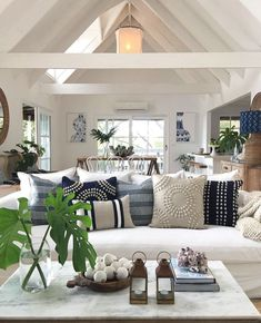 Cozy coastal cottage vibes in a beach inspired living room Source by playables Home Decor Coastal Living Rooms, Home Living Room, Living Room Designs, Coastal Cottage, Coastal Style, Hamptons Living Room, Kitchen Living, Modern Coastal, Coastal Homes