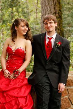 Such a cute prom photo  Sara Faith Photography