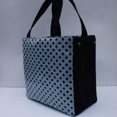 Sac a main/cabas (côtés rabattables) en coton enduit gris a pois noir de linna morata et suedine noire,doublure coton noir