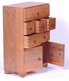 Learn Woodworking 19 Free Jewelry Box Plans: Swing for the Fence with a Wooden Jewelry Chest! Small Woodworking Projects, Woodworking Workshop Plans, Woodworking Furniture Plans, Learn Woodworking, Woodworking Patterns, Woodworking Videos, Woodworking School, Wood Projects, Woodworking Basics