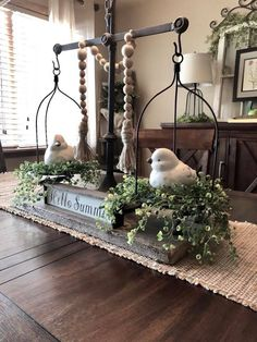 33 Smart Design Rustic Farmhouse Living Decor Ideas for Your Home allhous.c Farmhouse Dining Room allhousc decor design Farmhouse home Ideas living rustic Smart Tray Decor, Decoration Table, Dining Room Centerpiece, Table Centerpieces For Home, Farm Table Decor, Farmhouse Table Decor, Centerpiece Ideas, Rustic Farmhouse, Farmhouse Style