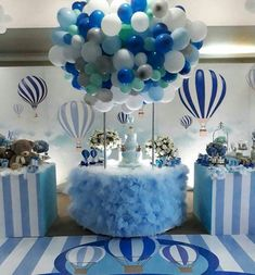 Baby Shower Balloon Decorations For Boy. Flying Teddy Bear With Balloons Baby Shower Wall Decor . Baby Shower Cakes, Gateau Baby Shower, Idee Baby Shower, Baby Shower Parties, Baby Shower Themes, Baby Boy Shower, Shower Ideas, Baby Showers, Baby Shower Balloon Decorations