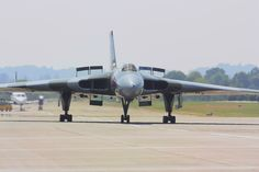 558 taxiing in @V L 2013