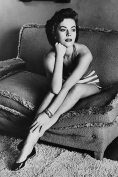17 Photos That Prove Natalie Wood Is the Hollywood Icon You Should Be Obsessed With