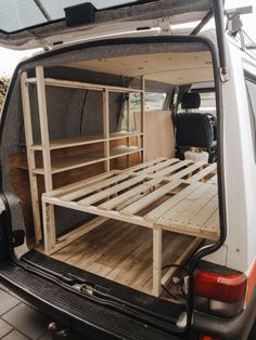 4x4 Camper Van, T4 Camper, Build A Camper Van, Camper Life, Vw Transporter Camper, Van Conversion Interior, Camper Van Conversion Diy, Astuces Camping-car, Ford Transit Connect Camper