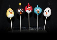 We first made Angry Birds Cake Pops for a boy celebrating his birthday, but soon after made it for a gentleman celebrating his birthday. I guess people of all ages love Angry Birds! Sweet Cakes, Cute Cakes, Angry Birds Cake, Cake Truffles, Cupcake Cakes, Bird Cakes, Party Treats, Creative Cakes, 50th Birthday