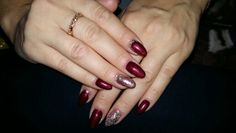 #red #nails #glitter #ring