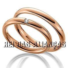 4c0c26a5085 Par de Alianças rosê nobre com diamante na feminina