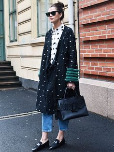 8 Ways to Look Cooler Today Than You Did Yesterday via @WhoWhatWearUK