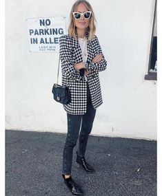 Stay tuned for exciting news Blazer Outfits, Blazer Fashion, Edgy Outfits, Fall Outfits, Cute Outfits, Fashion Outfits, Fashion Trends, Look Formal, Houndstooth Jacket