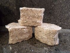"""3 SMALL BALES OF STRAW HAY FALL THANKSGIVING TABLE HOME DECOR CRAFTS 3.5"""" x 2.5"""" #Unbranded"""