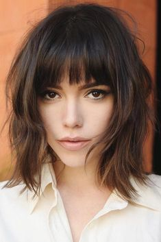 Looking for the best way to bob hairstyles 2019 to get new bob look hair ? It's a great idea to have bob hairstyle for women and girls who have hairstyle way. You can get adorable and stunning look with… Continue Reading → Line Bob Haircut, Bob Haircut With Bangs, Short Bob Haircuts, Lob Hairstyle, Curly Bob Hairstyles, Hairstyles With Bangs, Braided Hairstyles, Wedding Hairstyles, Medium Hair Styles