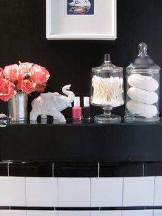 cute bathroom display!