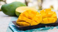 Mango, cunoscut si ca regele fructelor, este bogat in antioxidanti puternici si fitochimicale ce vor conferi pielii hidratarea de care are nevoie. Puteti oferi pielii un tratament natural de infrumusetare cu ajutorul fructului de mango. De ce este mango benefic pentru piele? Mai jos puteti gasi o lista cu nutrientii din mango si beneficiile acestora …