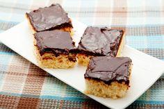 Bögrés kókuszos, csokis kevert süti: ennél nem lehetne egyszerűbb - Recept   Femina Cake, Recipes, Food, Candy, Kuchen, Essen, Meals, Ripped Recipes, Eten