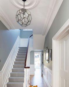 67 Super Ideas For Grey Hallway Lighting Entrance Halls Oak Parquet Flooring, Hallway Flooring, Narrow Hallway Decorating, Foyer Decorating, Decorating Ideas, Decor Ideas, Diy Ideas, Interior Stairs, Home Interior