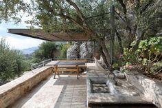 Πολυτελή σπίτια: Δες αυτό το υπέροχο πυργόσπιτο στη Μάνη! - Tlife.gr