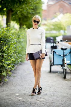 Love this little peplum top.  So cool and ladylike at the same time.