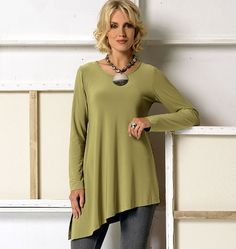 V9057 | Misses' Top | Tops/Tunics | Vogue Patterns