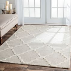 nuLOOM Hand-hooked Alexa Moroccan Trellis Wool Rug (7'6 x 9'6) - Liked @ Homescapes Home Staging www.homescapes-sd.com #contemporarylivingroom
