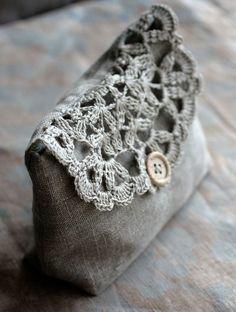 Linen and crochet pouch, make up bag, etc... Tough!