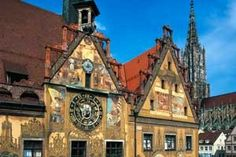 Ulm: town hall and astronomical clock ©Verkehrsamt Ulm