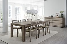 The Table Has Starting Position Up To 8 People During Tabletop Is Located Three Extension Leaves In Magazine