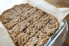 Oatmeal To-Go Bars - great for breakfast or lunch! Super healthy and easy to make. Loaded with protein and fibre